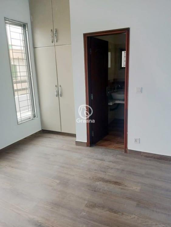 7.5 Marla House For Sale | Graana.com