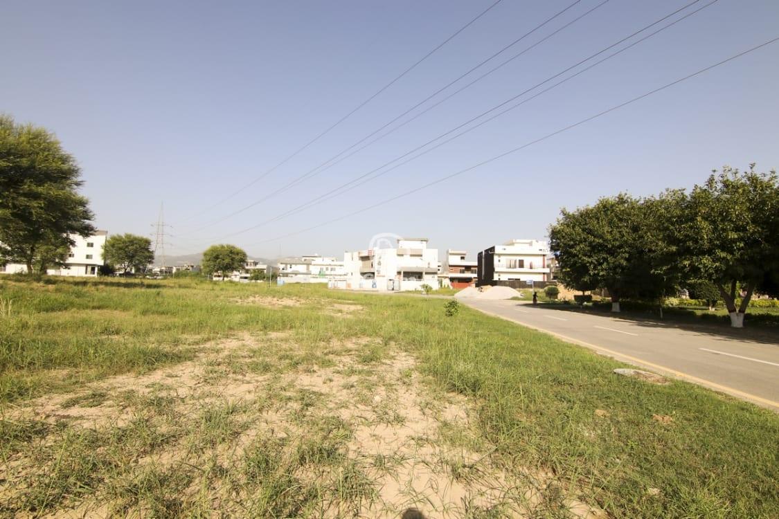 5 Marla Plot for Sale in B-17, Islamabad | Graana.com