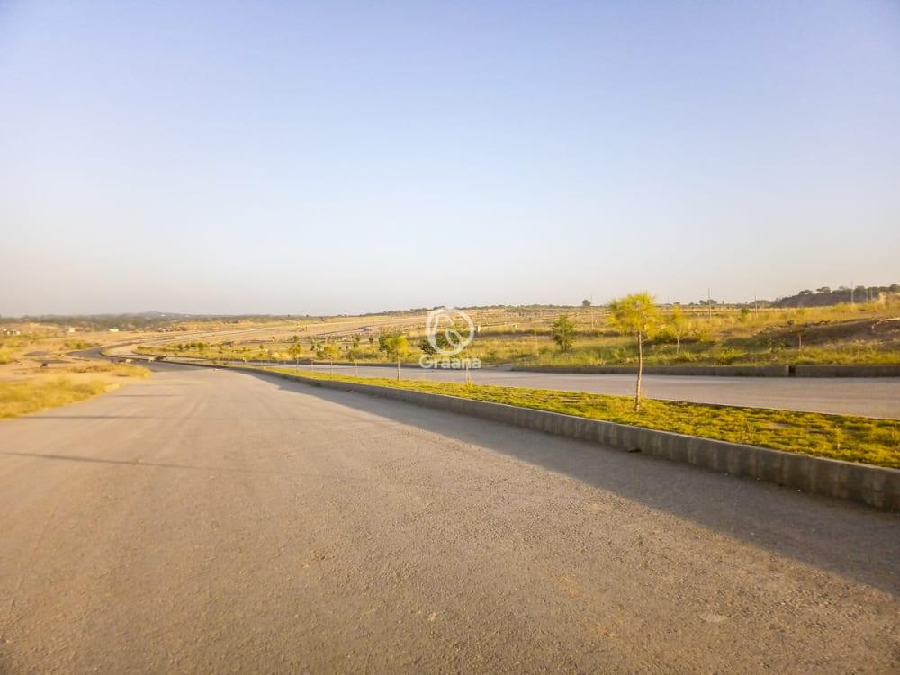 5 Marla Plot For Sale In DHA Valley | Graana.com