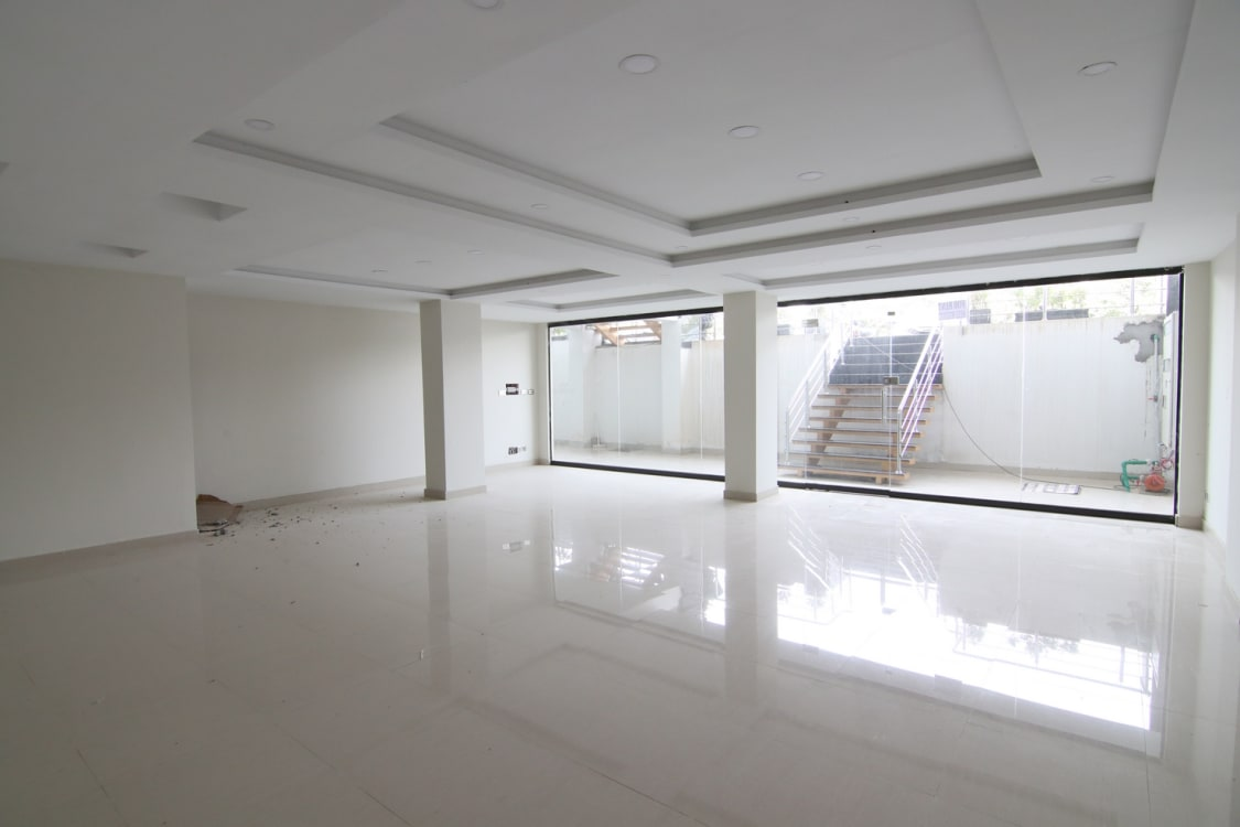 630 SqFt Shop For Rent | Graana.com