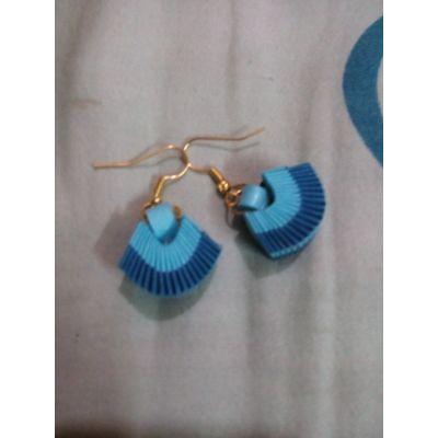 Blue weaved small earrings
