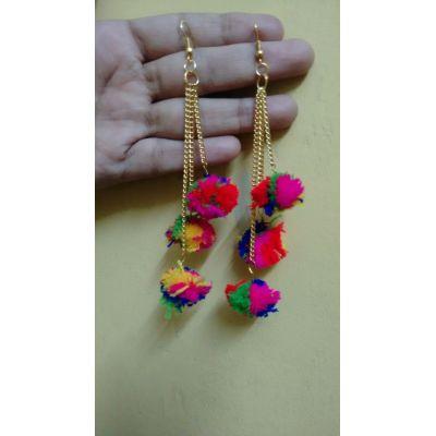 3 strand pom-pom earrings (Multicoloured)