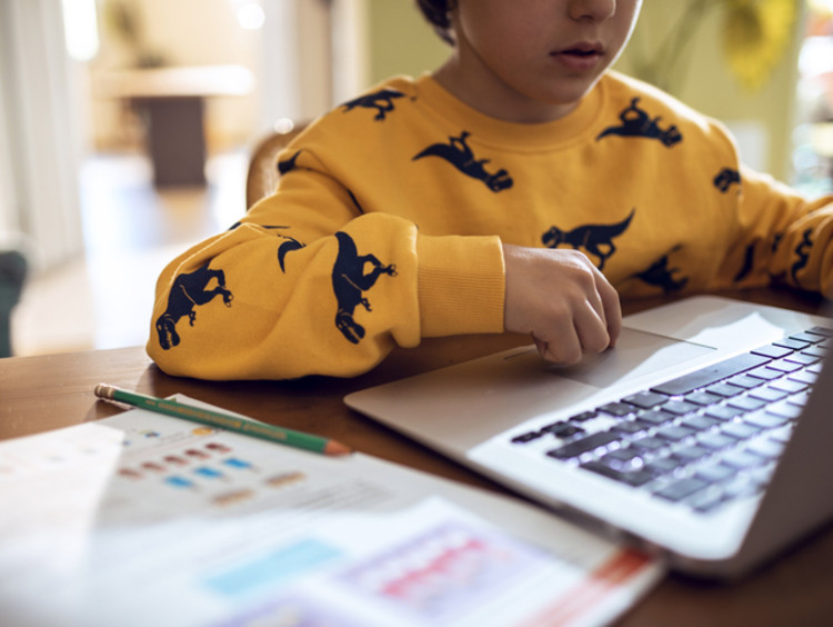 elementary student learning from home