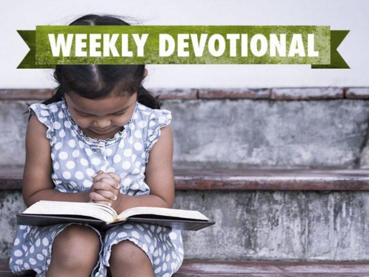 Weekly Devotional: Child praying