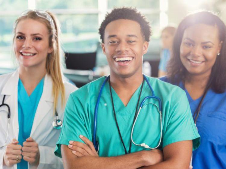 <span>Do I Need a BSN to Become a Nurse?</span>