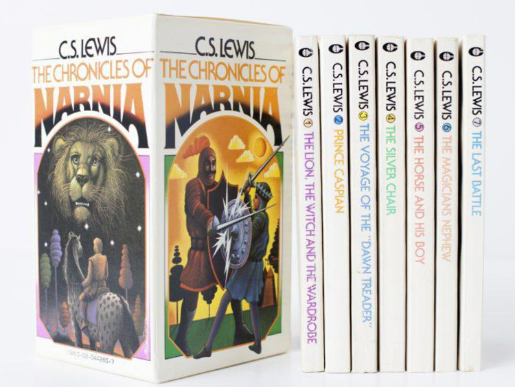 The Chronicles of Narnia by C.S. Lewis boxed set