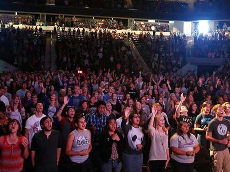 GCU chapel filled with students