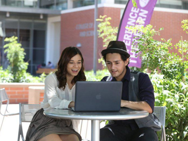 GCU students working together on campus