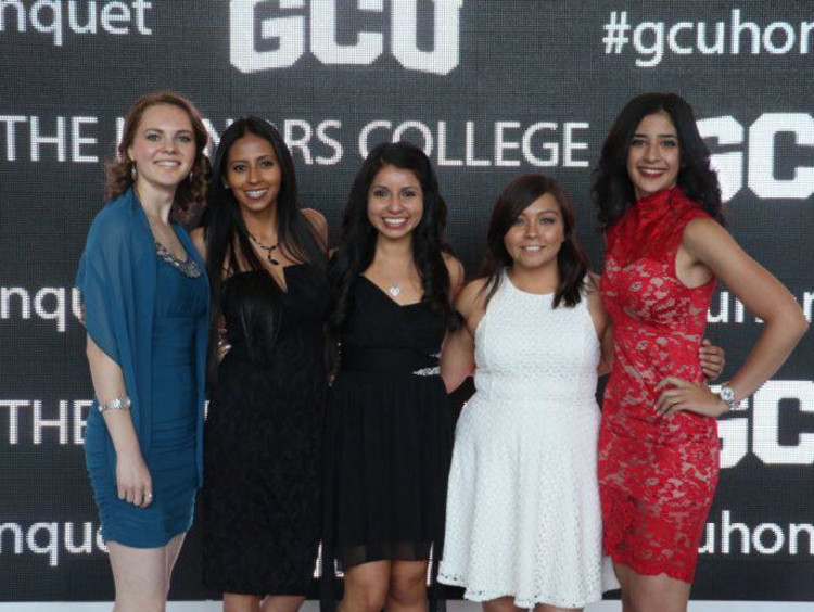 Anna Cofrancesco with four other honors students at an event