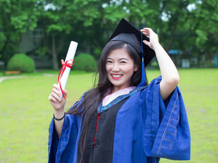 communications student graduating with degree
