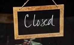 closed-sign-1563606978H7D.jpg