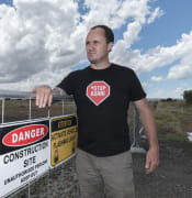Jeremy Buckingham looks at ADani rail wite