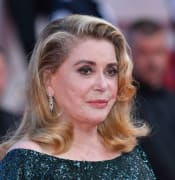 Catherine-Deneuve-recuperating-from-stroke.jpg