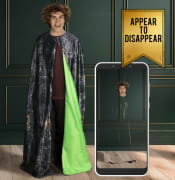 Kids-disappear-under-Harry-Potter-cloak.jpg