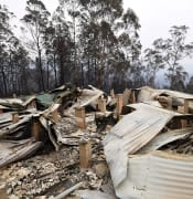 More_than_50_homes_torched_in_NSW_blazes.jpg