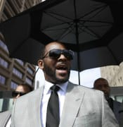 R-Kelly-nabbed-on-Sex-Trafficking-Charges.jpg
