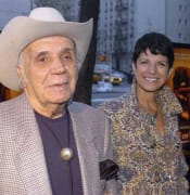 Raging Bull boxer Jake LaMotta dies at 95.jpg
