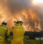 Warnings_dire_as_NSW_blazes_flare.jpg