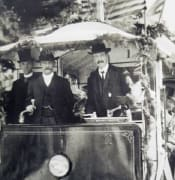 ELECTRIC TRAM IN BALLARAT 1905 pic taken by lloyd harveys grandfather from NL Harvey Untitled