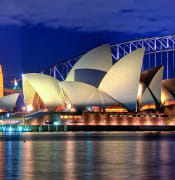 800px Sydney Opera House Close up HDR Sydney Australia resized