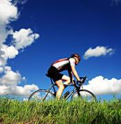 cyclist-1537843_640.jpg