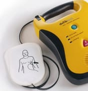 DDU 100 Lifeline AED with Pads