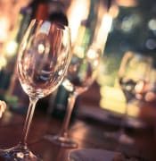 wine-glass-on-restaurant-table-225228.jpg