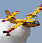 Photo of Candadair CL 415 water bomber in Canada CC by Maarten Visser Wikimedia commons