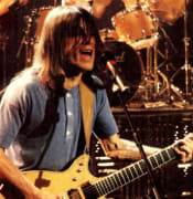 Malcolm_Young_at_ACDC_Monster_of_Rock_Tour.jpg