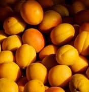 fruit 1673871 640
