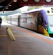 bendigo train station vline bendigo victrack website