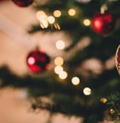 ball_blur_bokeh_celebration_christmas_christmas_balls_christmas_lights_christmas_tree-1476227.jpg