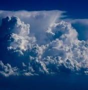 clouds-3526558_640.jpg