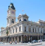 wikipedia-town-hall.JPG