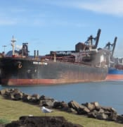 Port-kembla-ship-fire.jpg