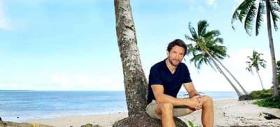 australian survivor tv show host jonathan lapaglia