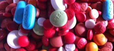 800px-Assorted_Pills_3.jpg