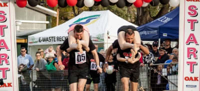 australian-wife-carrying-titles-justin-hoad.jpg
