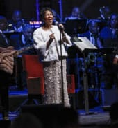 Aretha Franklin performs