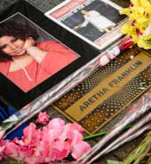Tributes pour in for Aretha Franklin.jpg