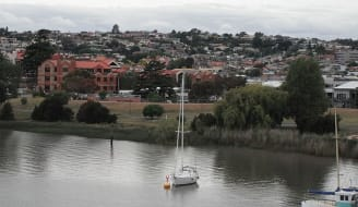 800px View from Trevallyn to Tamar river Launceston TAS 1