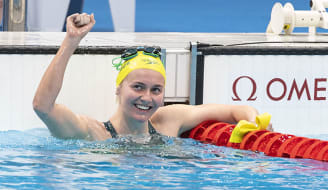 TOKYO, JAPAN - JULY 26: Ariarne Titmus of Australia celebrates after winning the women 400m Freestyle final during the Tokyo 2020 Olympic Games at the Tokyo Aquatics Centre on July 26, 2021 in Tokyo, Japan (Photo by Giorgio Scala/Deepbluemedia/Insidefoto)/Sipa USA