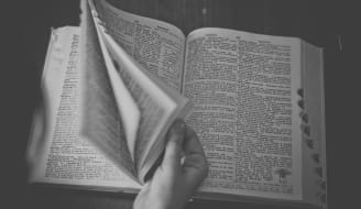 dictionary-698538_1920.jpg