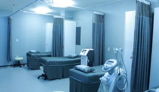 hospital-ward-1338585_1920.jpg