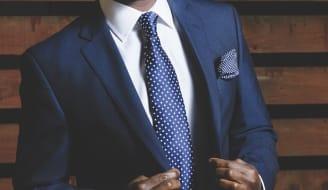 business suit 690048 960 720 1