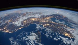 international-space-station-1176518_1920.jpg
