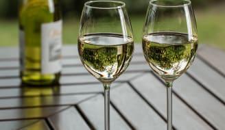 wine-2789265_1920.jpg