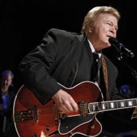 US singer, guitarist Roy Clark dead at 85.jpg