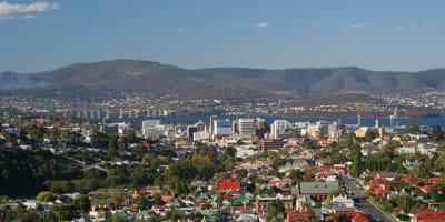 640px CSIRO ScienceImage 2567 Hobart City and the Tasman Bridge Tasmania