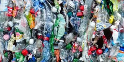 plastic bottles 115071 640